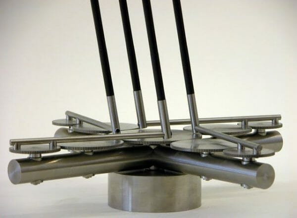 Anne Lilly : Sculptrice cinétique 3