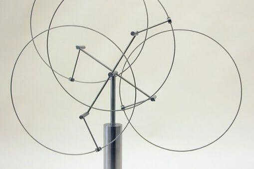 Anne Lilly : Sculptrice cinétique 1