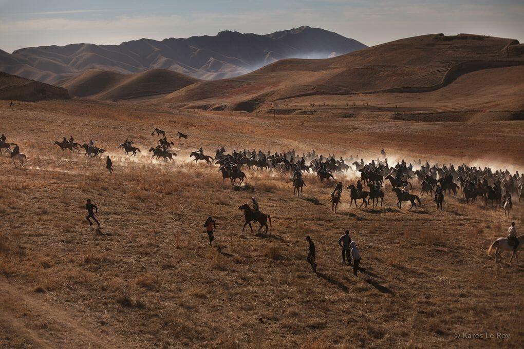 Buzkashi au Tadjikistan par le photographe Kares Le Roy