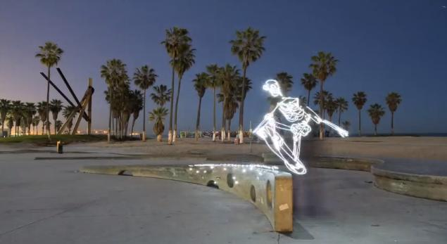 Skateboarding à la vitesse de la lumière de Darren Pearson 1