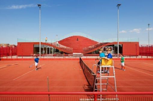 MVRDV : une réflexion architecturale au service des usages du tennis 22
