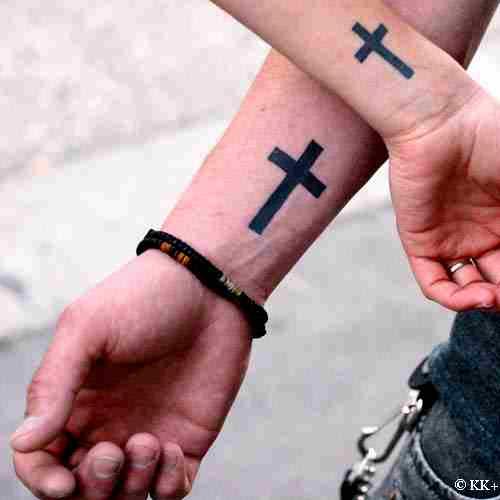 tatouage croix