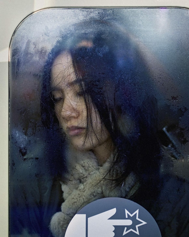 Michael Wolf capture les plaisirs quotidiens du métro Tokyoïte 11