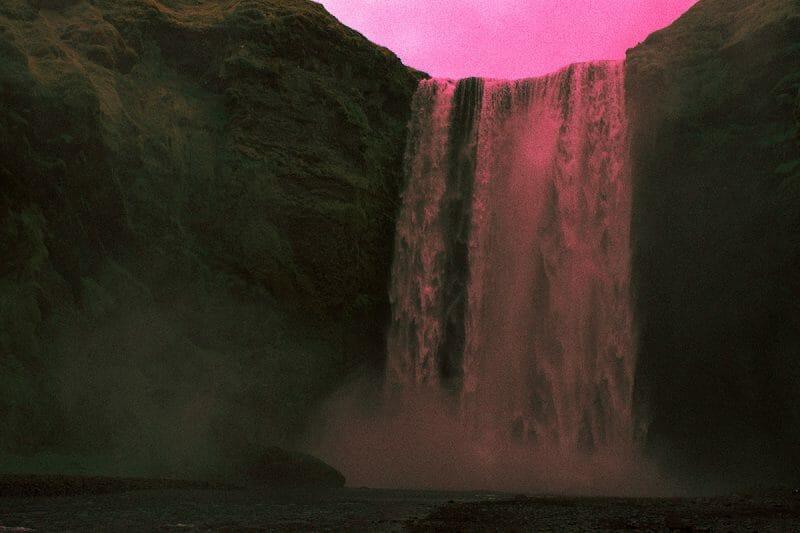 Les couleurs et paysages extra-terrestres d'Al Mefer 3