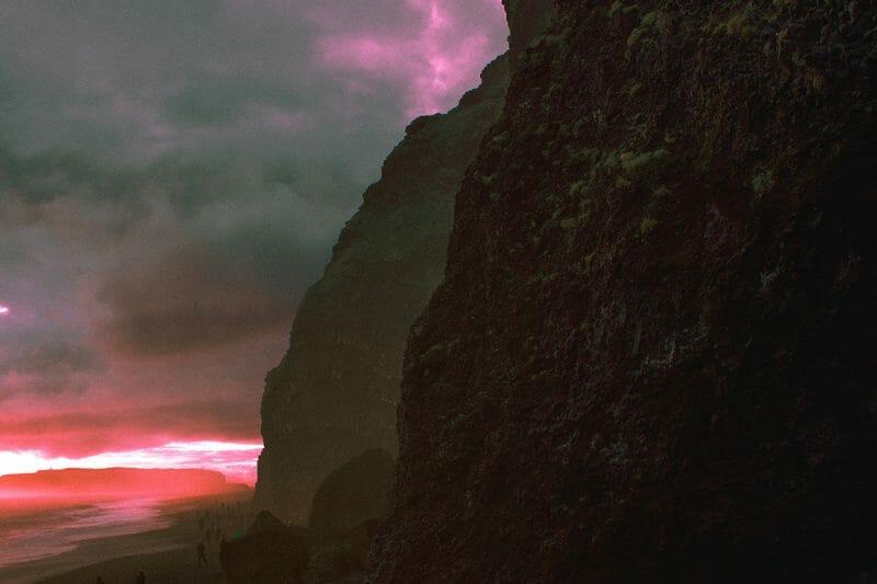 Les couleurs et paysages extra-terrestres d'Al Mefer 1