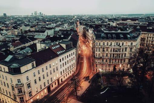 David Scherman nous emporte dans ses voyages, à travers son objectif qui sublime villes et campagnes 12