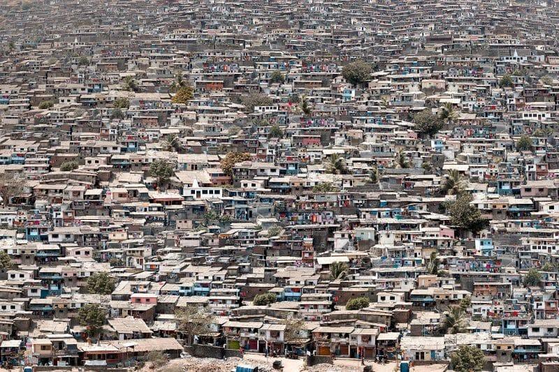 Entre population de masse et individu, voici les photos de Marcus Lyon 4