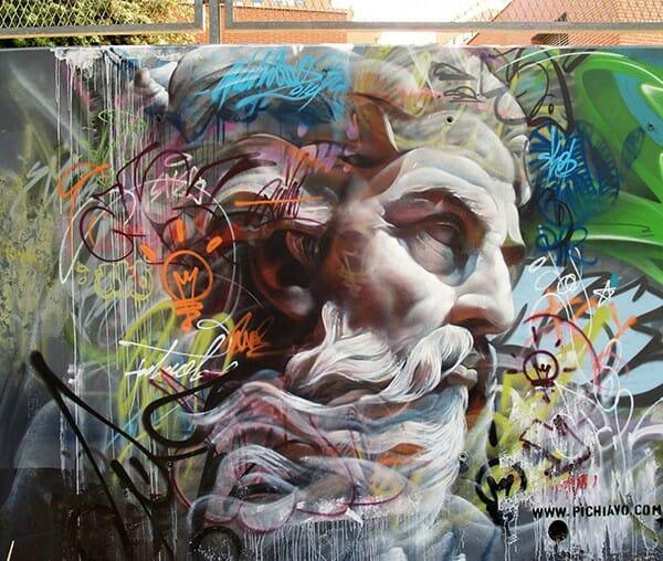 La sublime confrontation entre le classicisme et le graffiti par Pichi & Avo 2