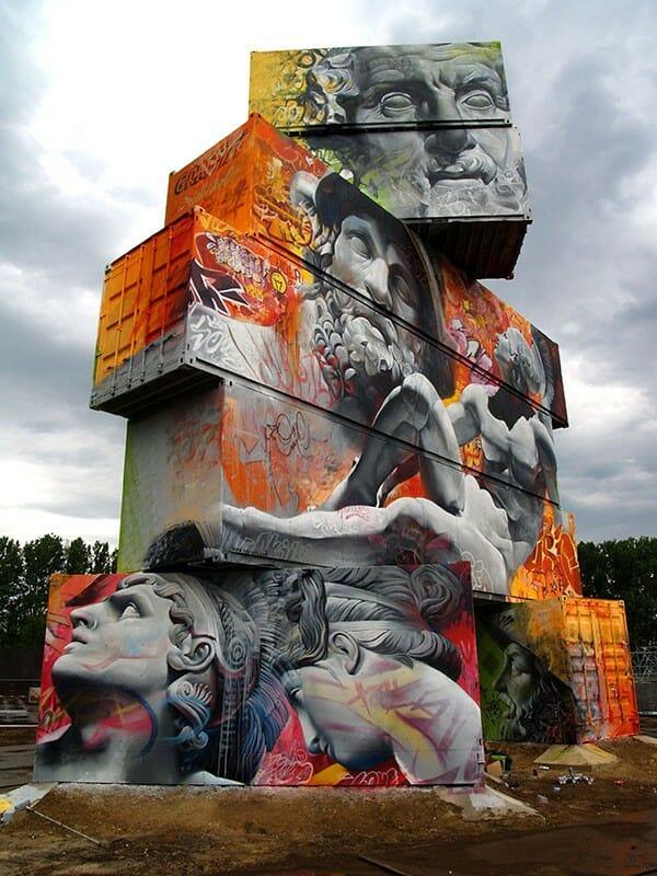 La sublime confrontation entre le classicisme et le graffiti par Pichi & Avo 7