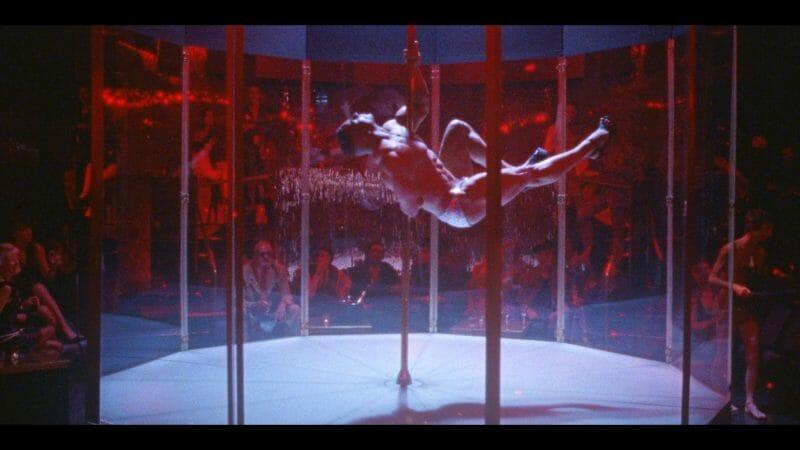 """Justice se la joue Magic Mike dans son dernier clip """"Love S.O.S."""" 5"""