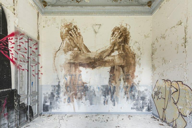 fresque dans un lieu abandonné Gonzalo Borondo