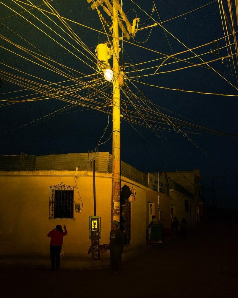 Toile de fils électriques, RoadTrip guatemala, Benoit Paillé