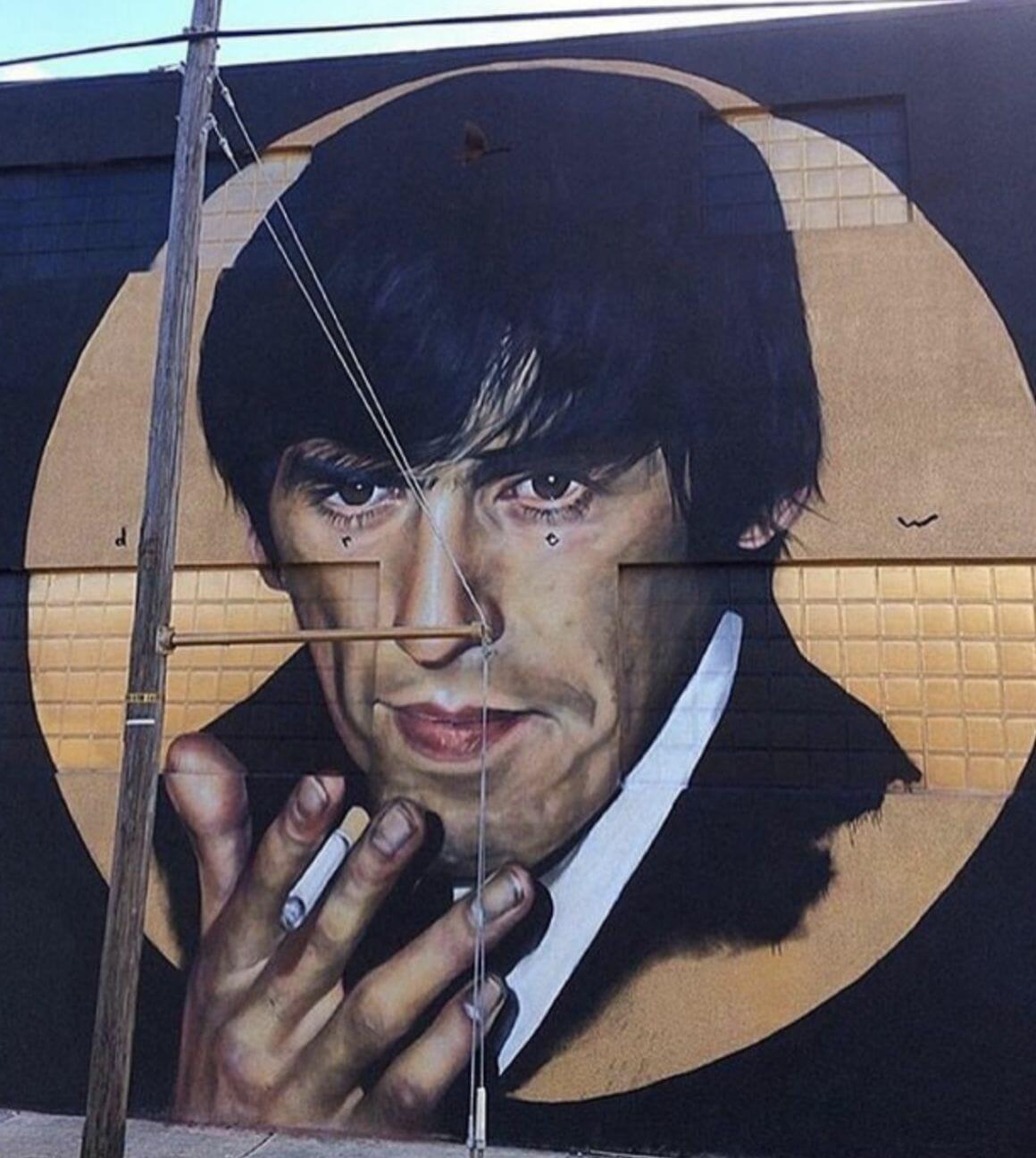 Portrait sur un mur