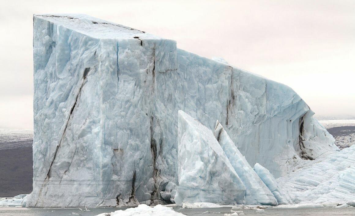 photomontage iceberg