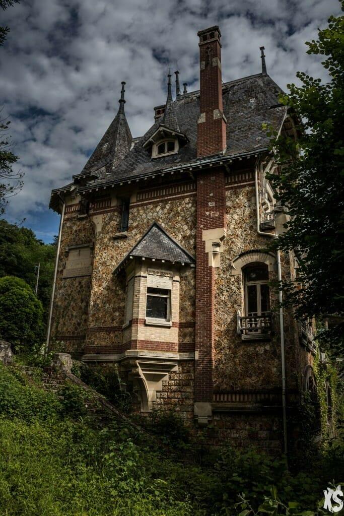 la villa vu de l'extérieur