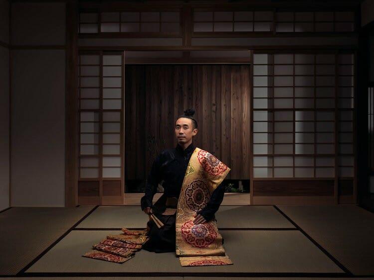 Portrait de Atsushi Heki, acteur et danseur japonais, photographié par Roman Jehanno