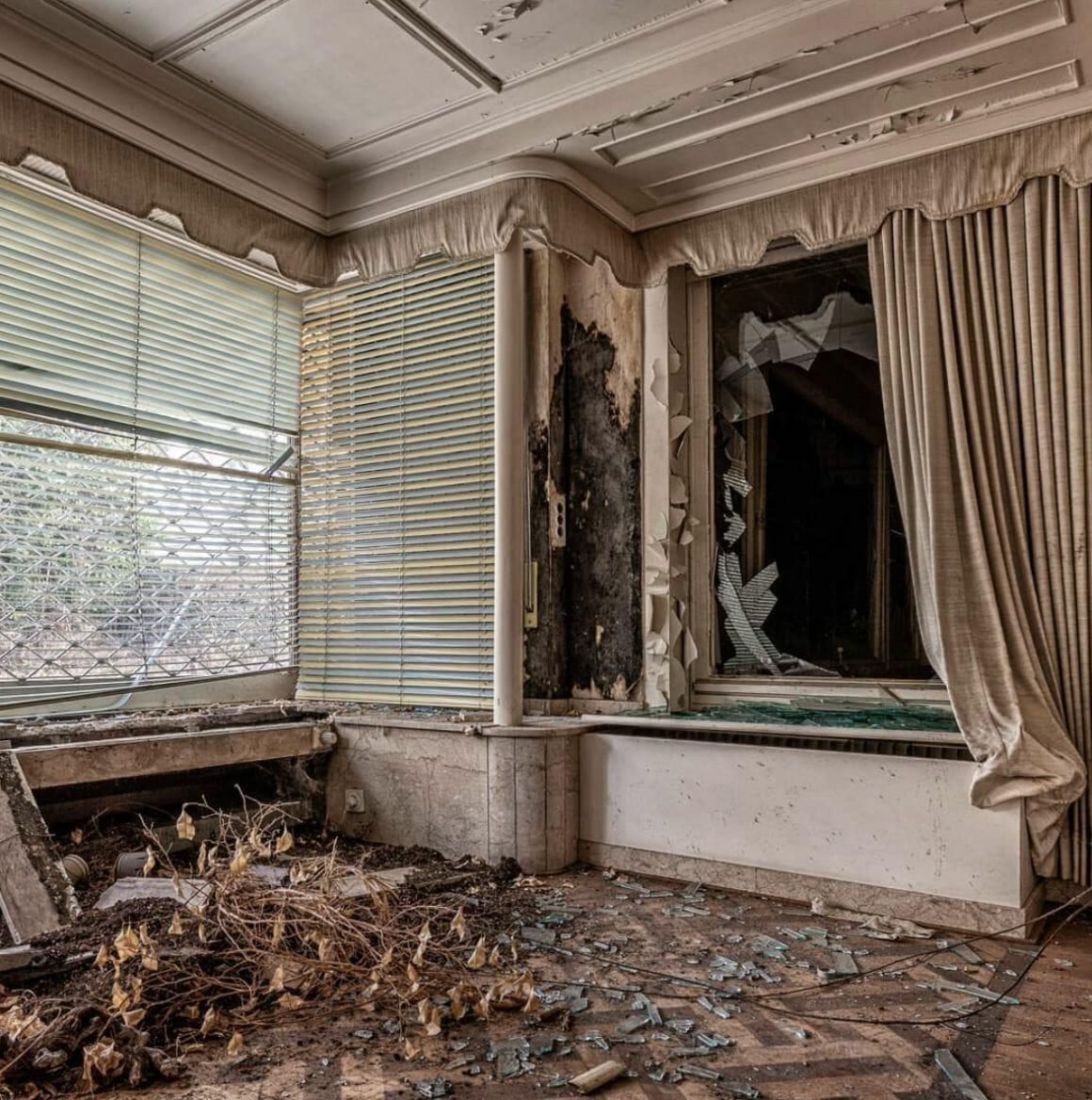 photographie d'un intérieur abandonné prise par revierstrolch