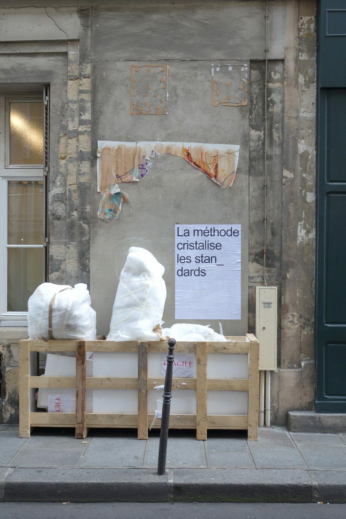 """Affiche Guillemet et Lacotte sacs """"fragile"""""""