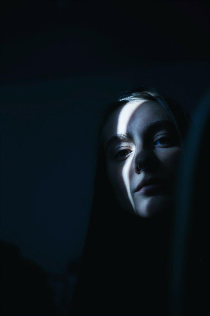 Photographie réalisée par Polina Washington illustrant un portrait de femme