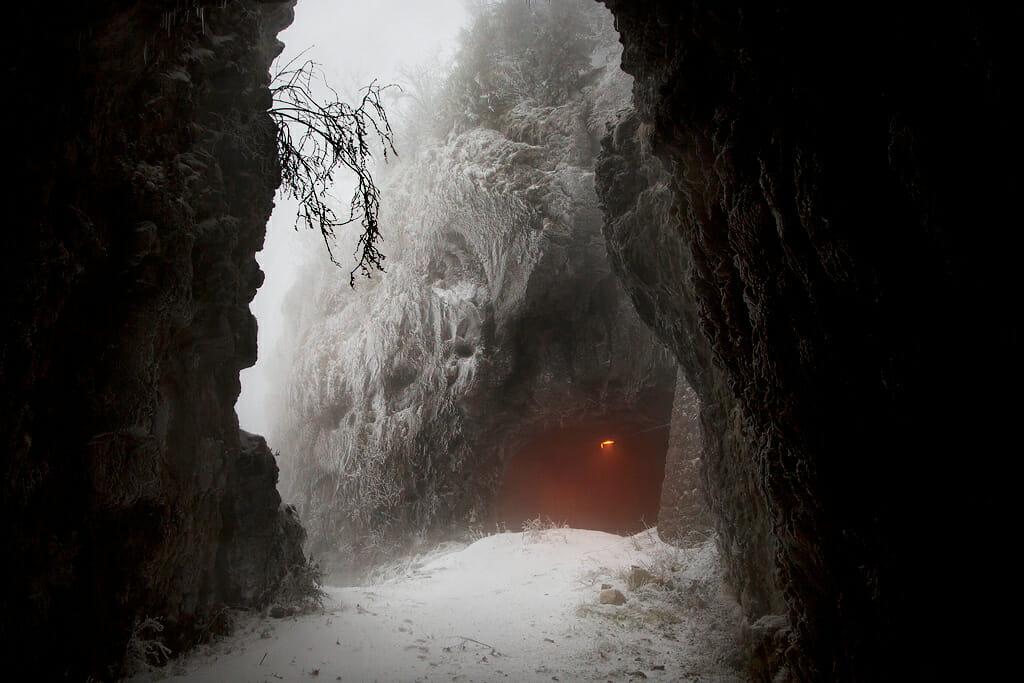 tunnel dans le vercors  par le photographe Christophe Jacrot