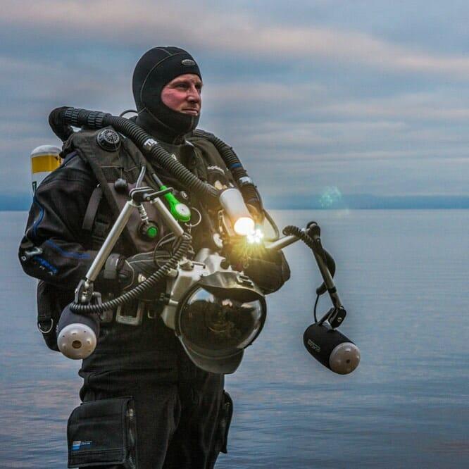 Paul Nicklen et son matériel de photographie et de plongée