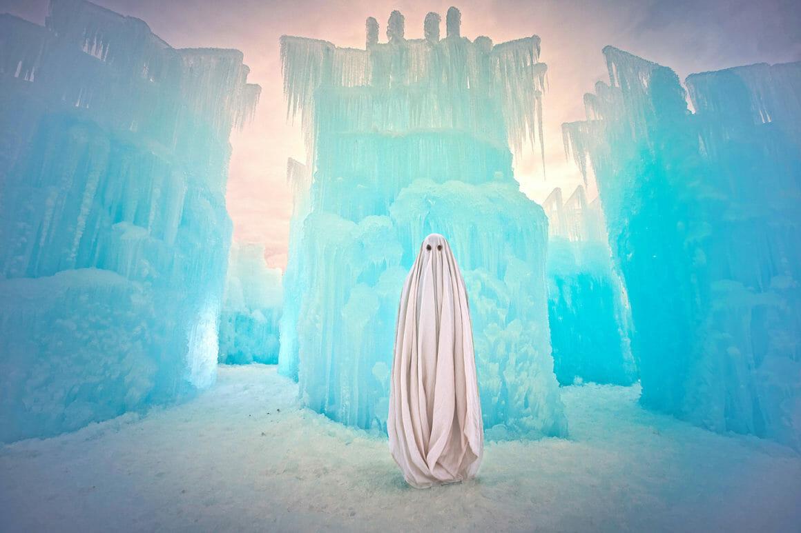 serie photo We Are All Ghosts  Karen Jerzyk
