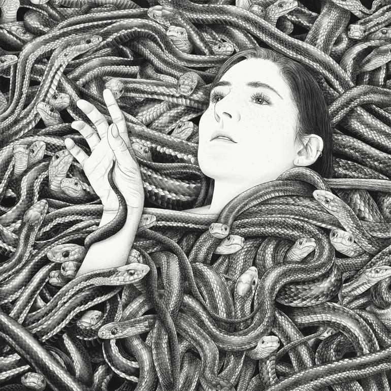 illustration de Yanin Ruibal. Jeune fille au milieu de serpents