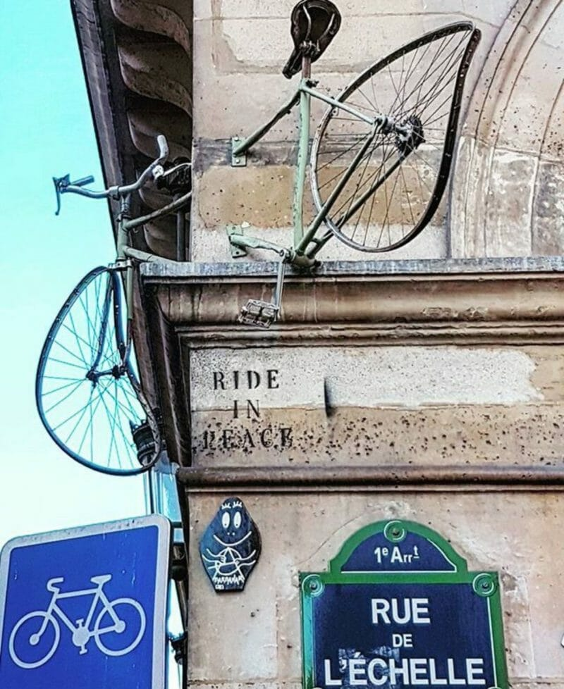 Installation du street artist Ride in peace
