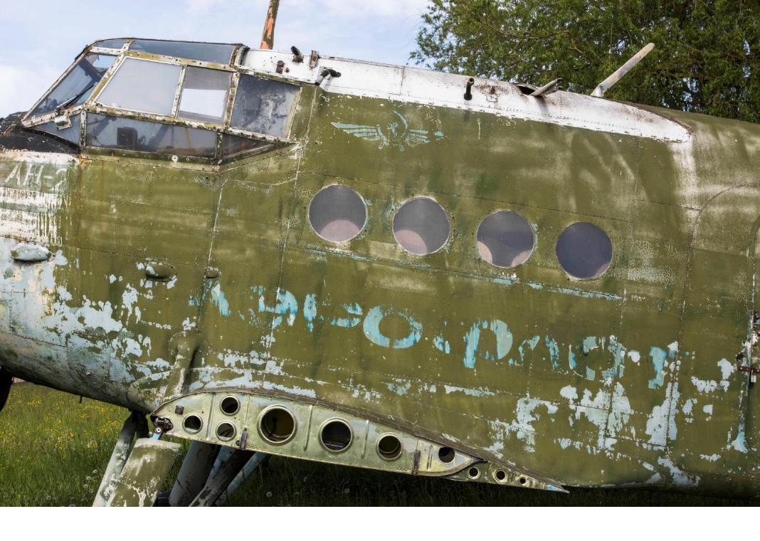 avion abandonné