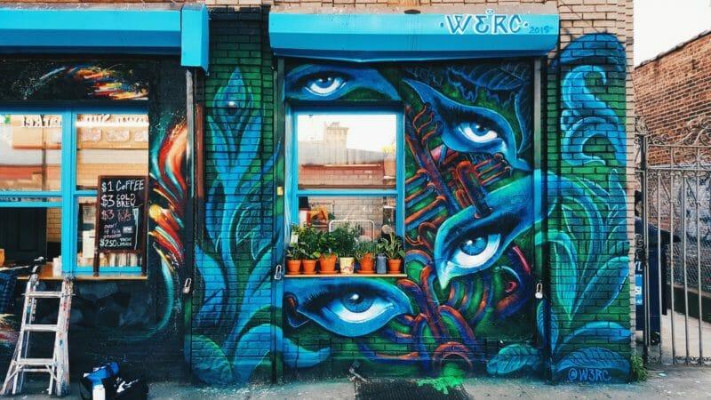 Image d'une fresque murale street art