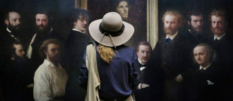 Museal Michel Gantner femme devant groupe d'hommes peint