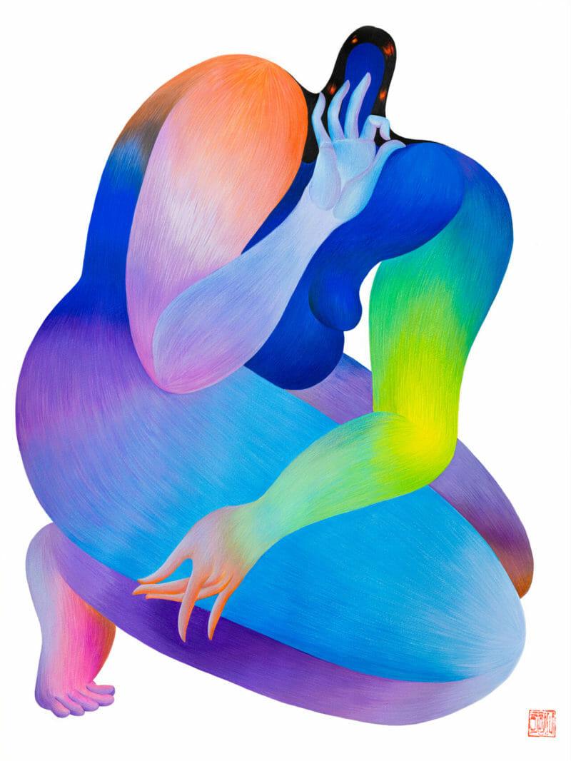signe pouce index main femme reflet rouge cheveux corps imposant arc-en-ciel