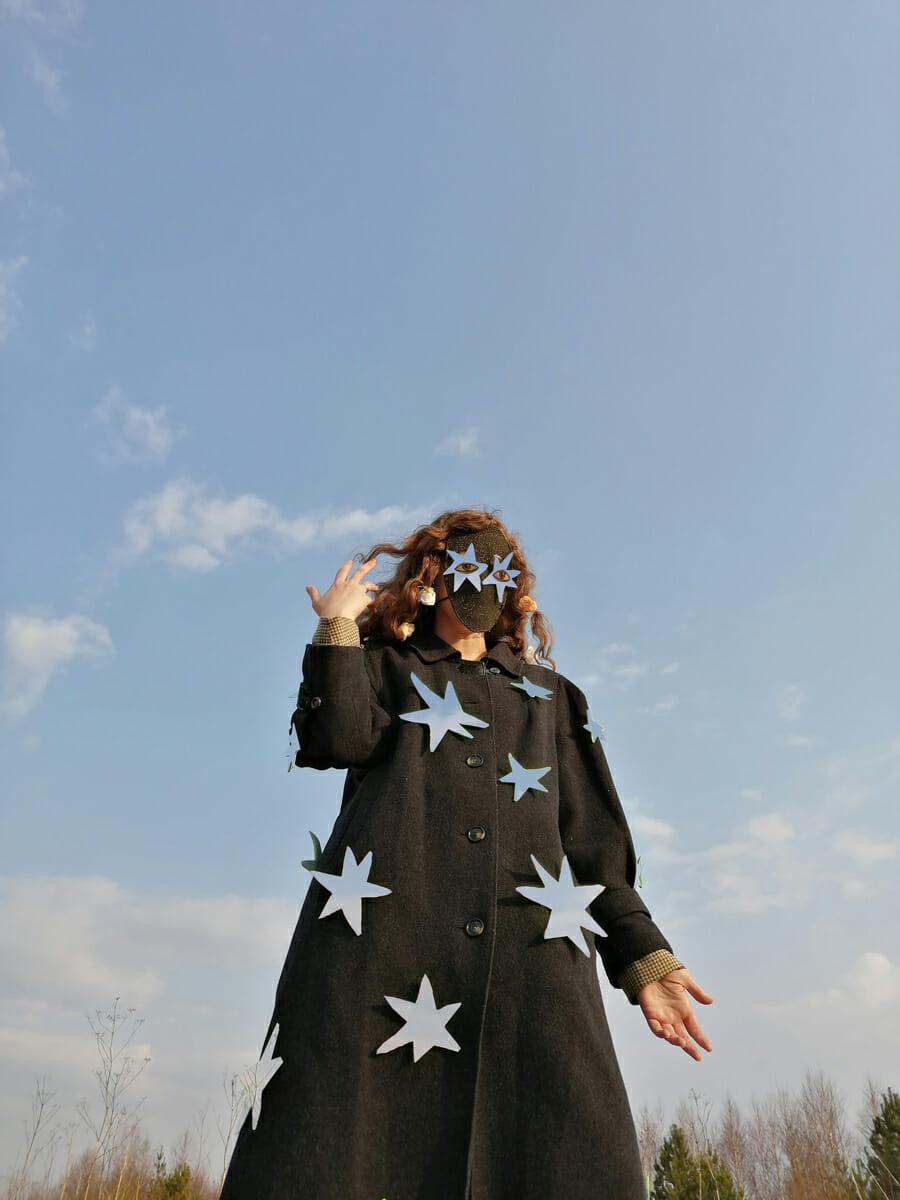 Alisa Gorshenina manteau d'étoiles