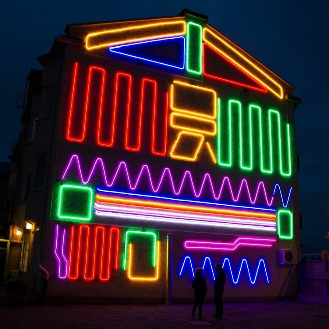 Les néons flexibles de Spidertag, présent au Festival Peinture Fraîche