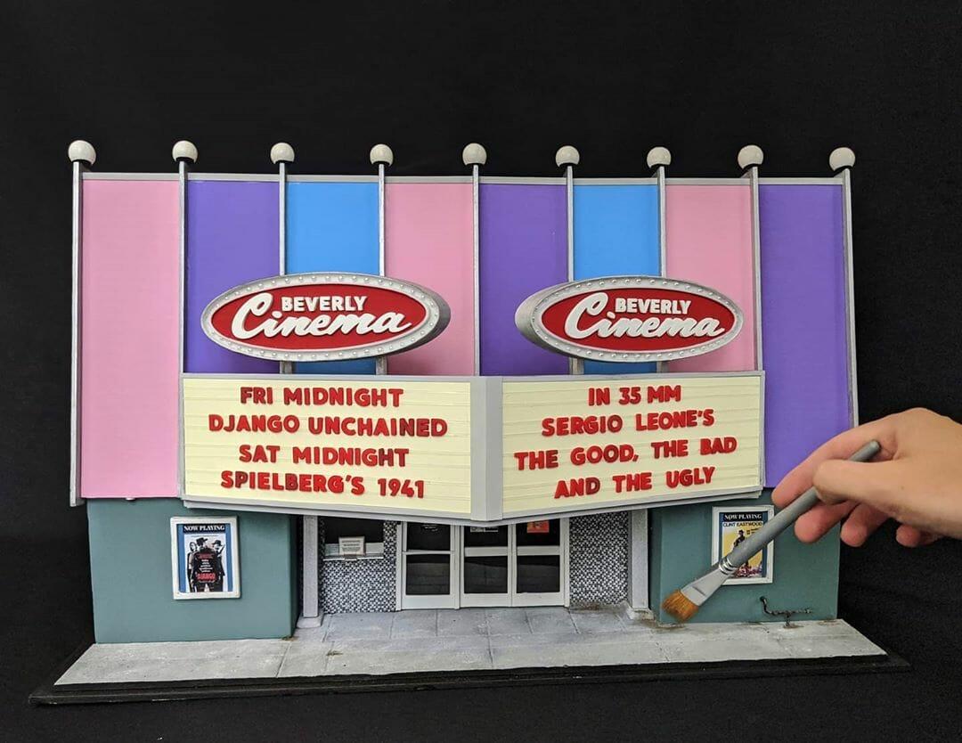 The Beverly Cinema fabriqué à l'échelle miniature par Kienan Wright
