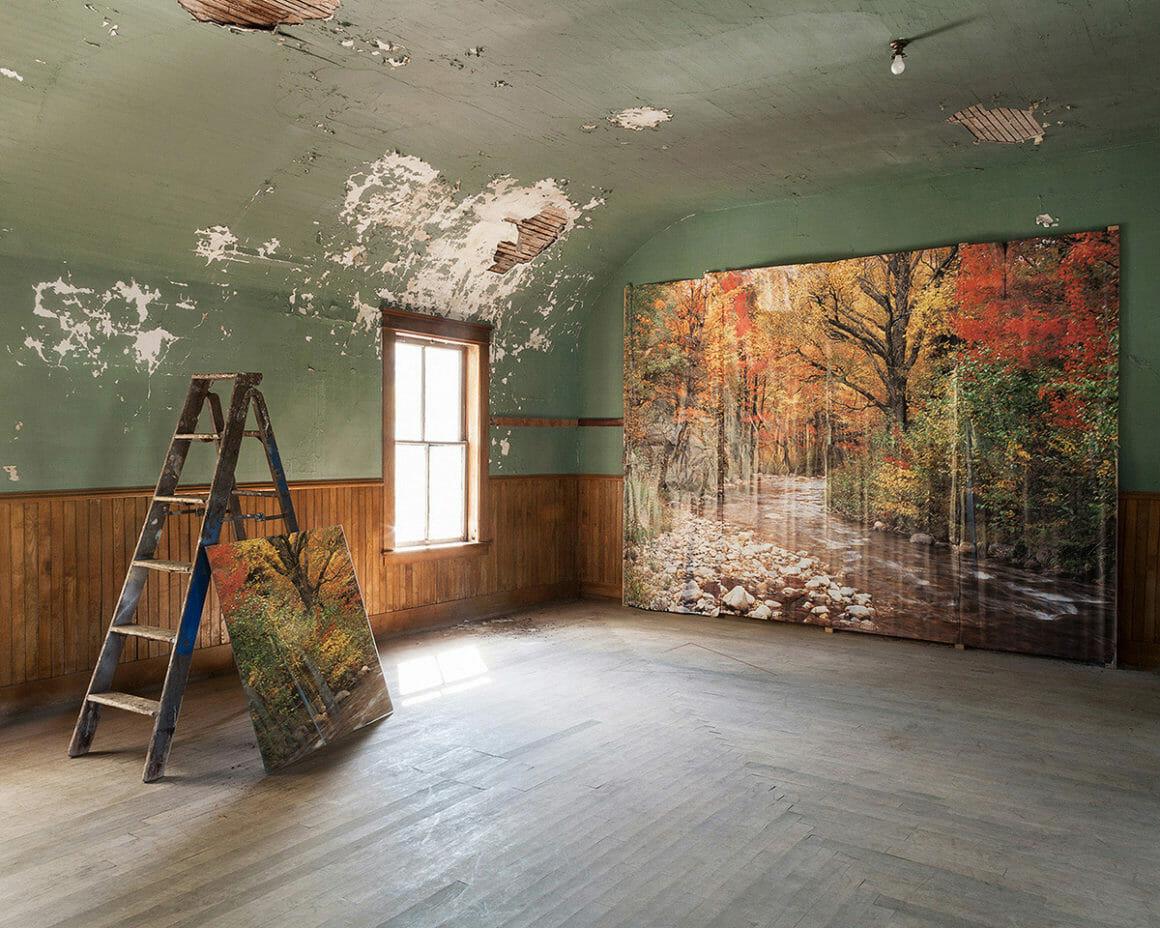 """""""Backdrop"""" est une photographie prise par Jennifer Garza Cuen pour sa série Imag(in)ing America"""