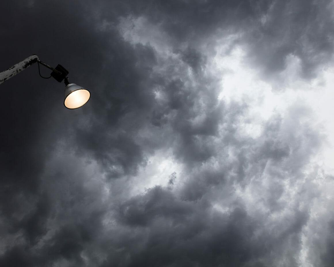 """""""Floodlight"""" est une photographie du ciel prise par Jennifer Garza Cuen à Buffalo"""