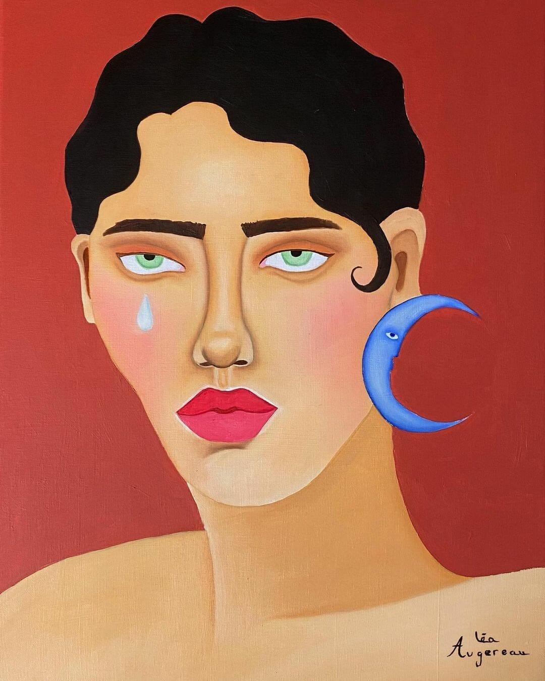 Portrait de femme sur fond ocre. A droite, une larme coule sur sa joue, à gauche elle porte une lune bleue en boucle d'oreille.