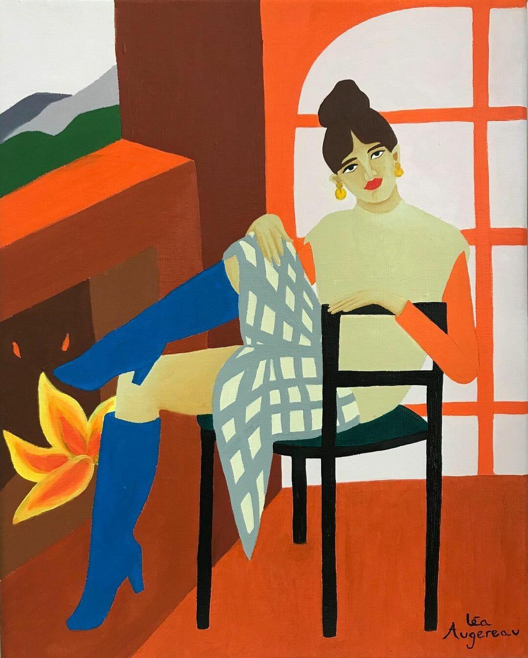 Une femme réchauffe ses pieds au coin du feu, dans l'aire d'une pièce orange t verte.Elle porte des bottes 'un bleu profond, une jupe à carreaux, un pull beige et un sous-pull orange.