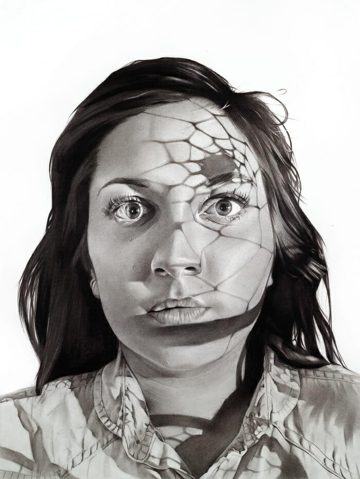 Portrait d'une femme avec un reflet