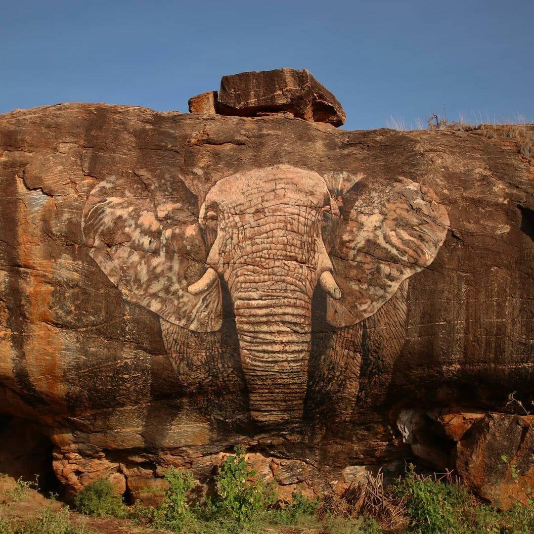 Photographie d'une peinture sur un rocher d'un éléphant. par mantra