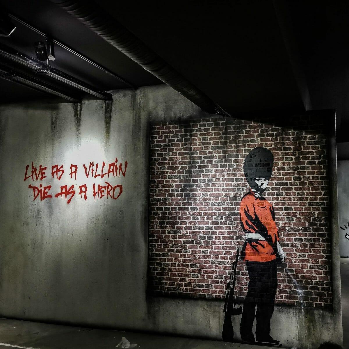 Banksy, un hôtel dédié au street artist ouvre à Paris 2