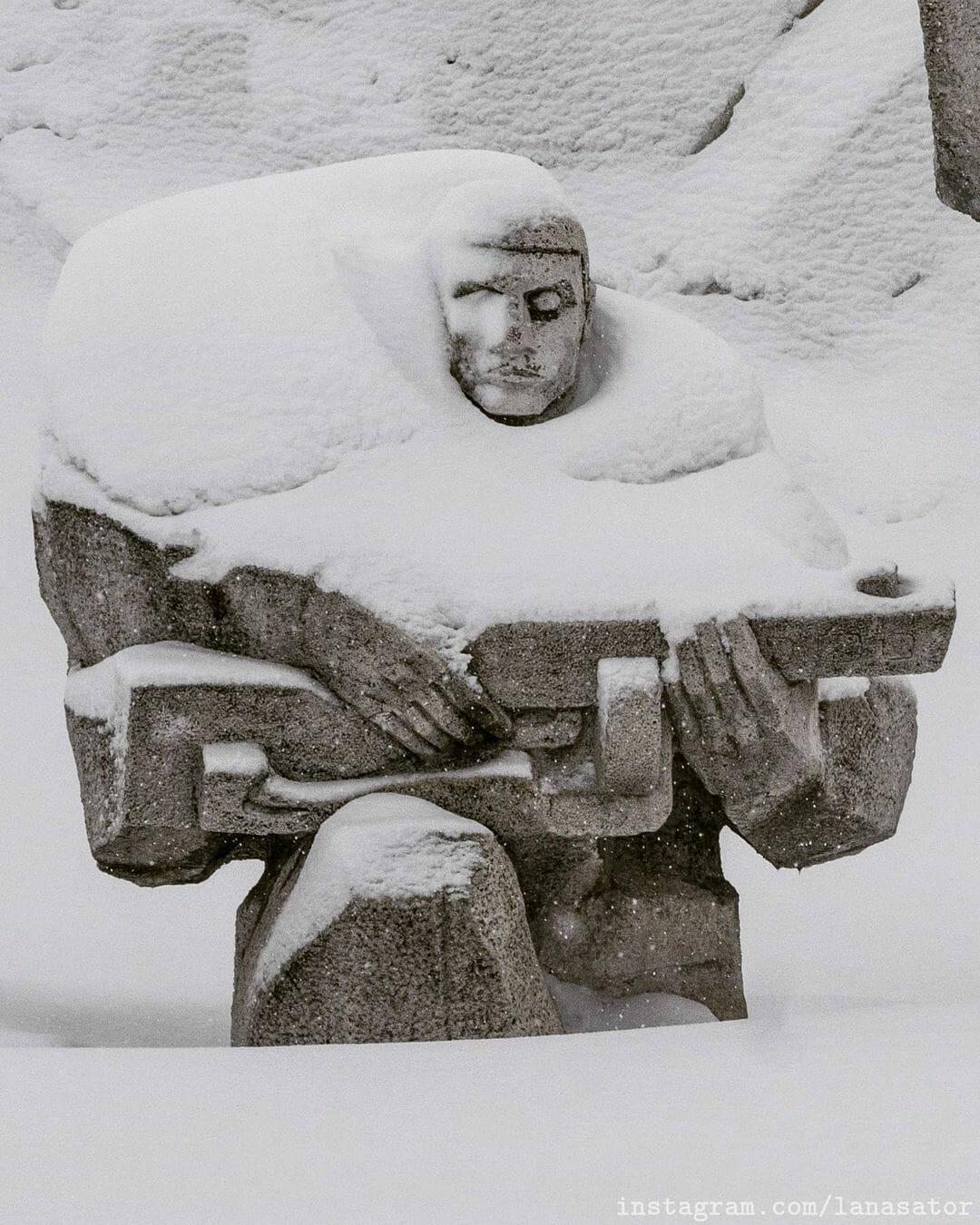 statue neige lana Sator